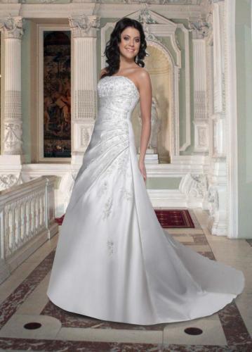 #8354 Davinci Bridal