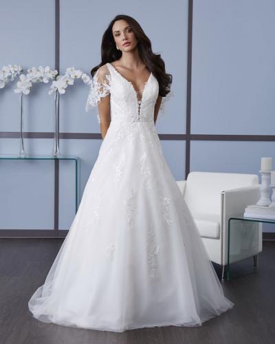 #7628 Romantic Bridal